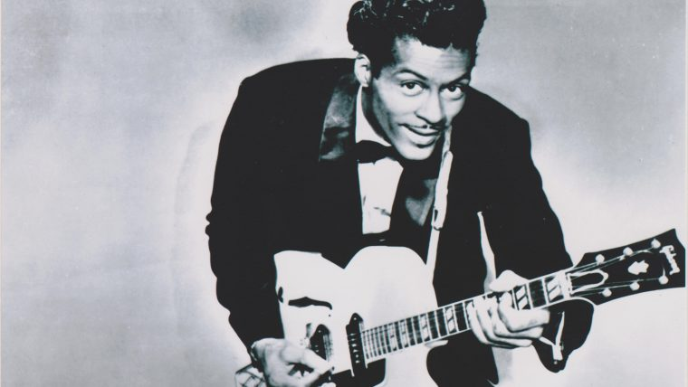 Chuck Berry morre aos 90 anos, o artista é considerado o pai do rock