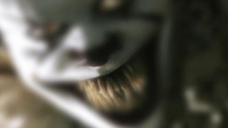 It: A Coisa | Venha rir, sorrir e se emocionar com Pennywise em nova foto