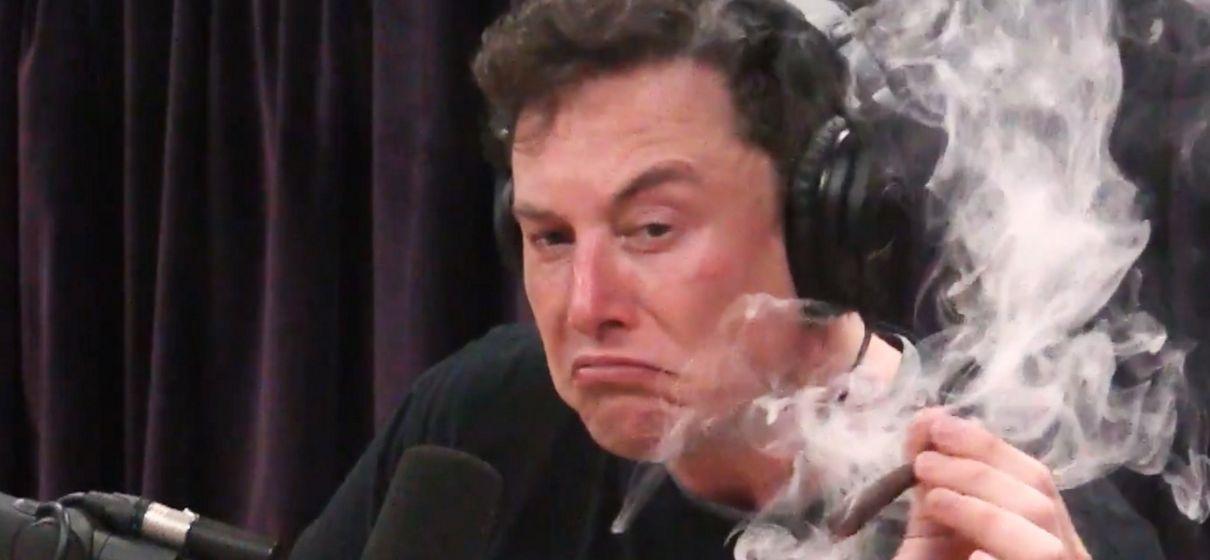 Tem Na Web - NASA vai inspecionar SpaceX, após vídeo de Elon Musk fumando maconha