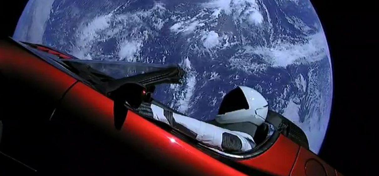 Tem Na Web - SpaceX - O Starman ultrapassou a órbita de Marte