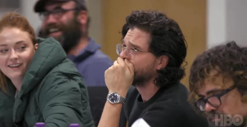 Kit Harrington chora na leitura de roteiro de Game of Thrones
