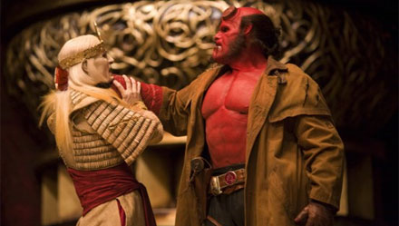 3 clipes de Hellboy 2!